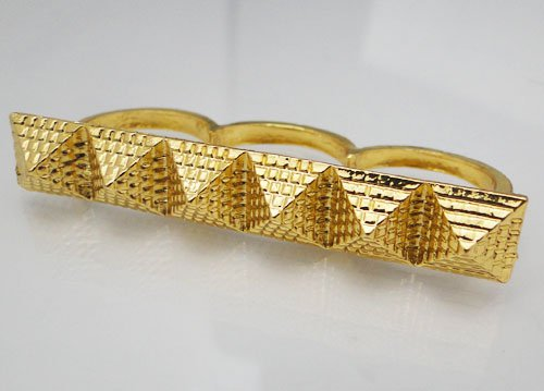 **Gold Tone Pyramid TRIPLE Ring. Size 6