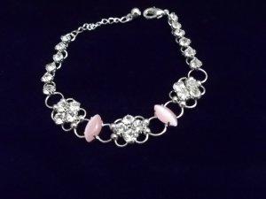 **Exquisite Light Pink Cats Eye Crystal Bracelet
