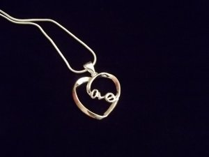 **925 Silver Love Necklace**