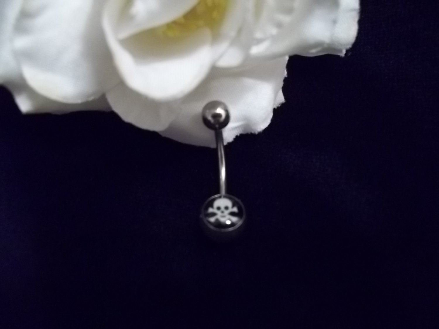 Skull and Crossbones Glow in Dark Belly Ring
