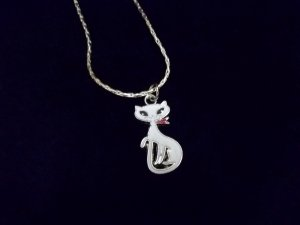 ** Pretty Foxy Miss Cat Necklace**