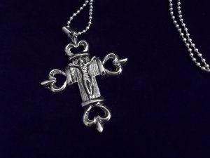 MENS STAINLESS STEEL CROSS NECKLACE