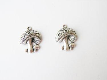 2 pcs Silver Mushroom Charms - B05568