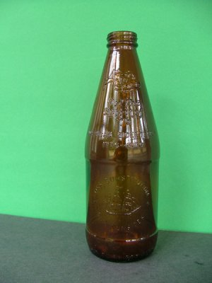 1976 Fyfe & Drum Embossed Bicentennial Beer Bottle � USS Constitution