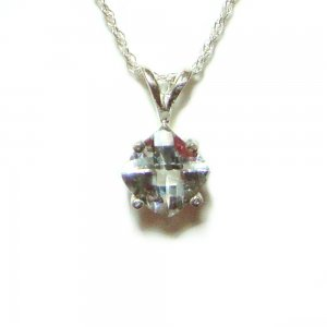 7mm square Aquamarine pendant with chain