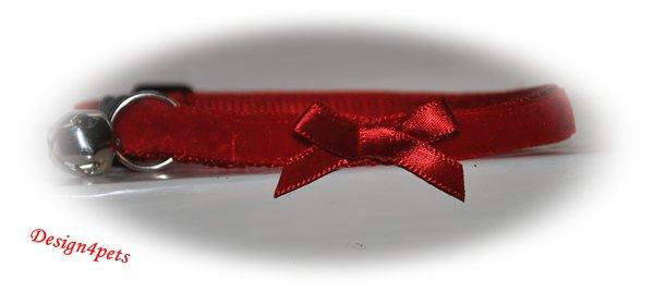 Annie - Red velvet cat collar w /bow