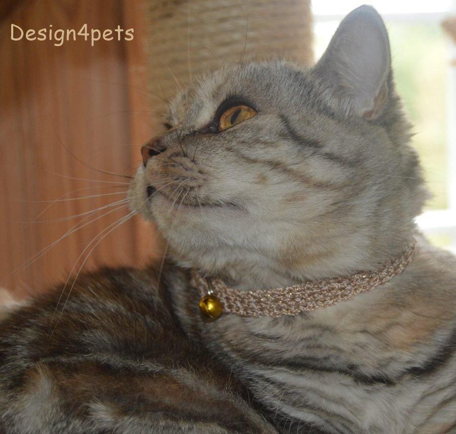 Ellie- Breakaway adjustable gold glitter cat collar - unique handmade crochet design