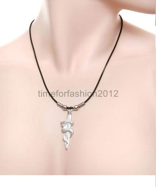 FASHION NECKLACE SUPER CHIC SEXY SNAKE AND DAGGER