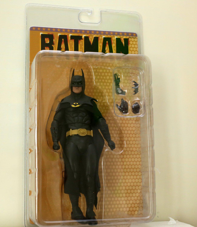 Batman action figure NECA (Free Shipping)