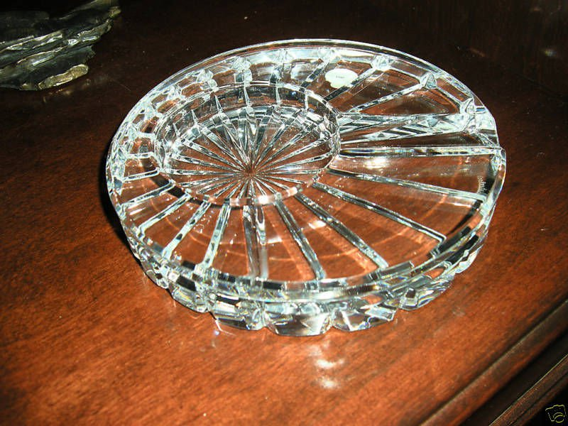 waterford round solitaire macanudo  ashtray new