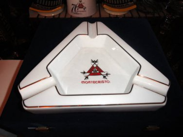 Montecristo Ceramic Cigar Ashtray new without the original box with cutter
