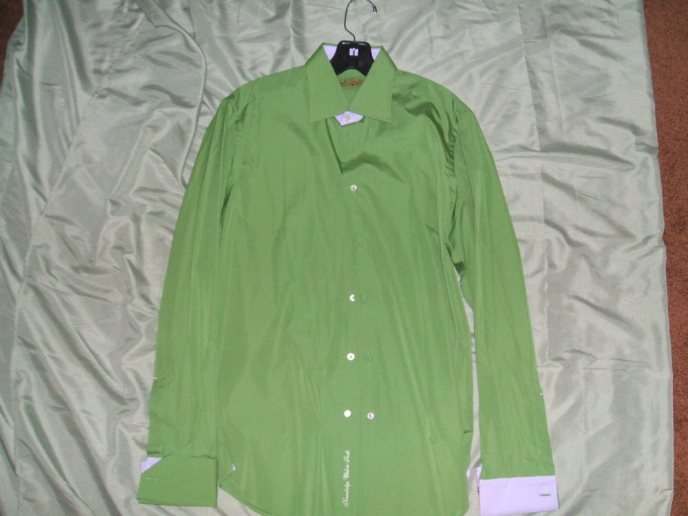 Robert Graham mens casual dress shirt Medium