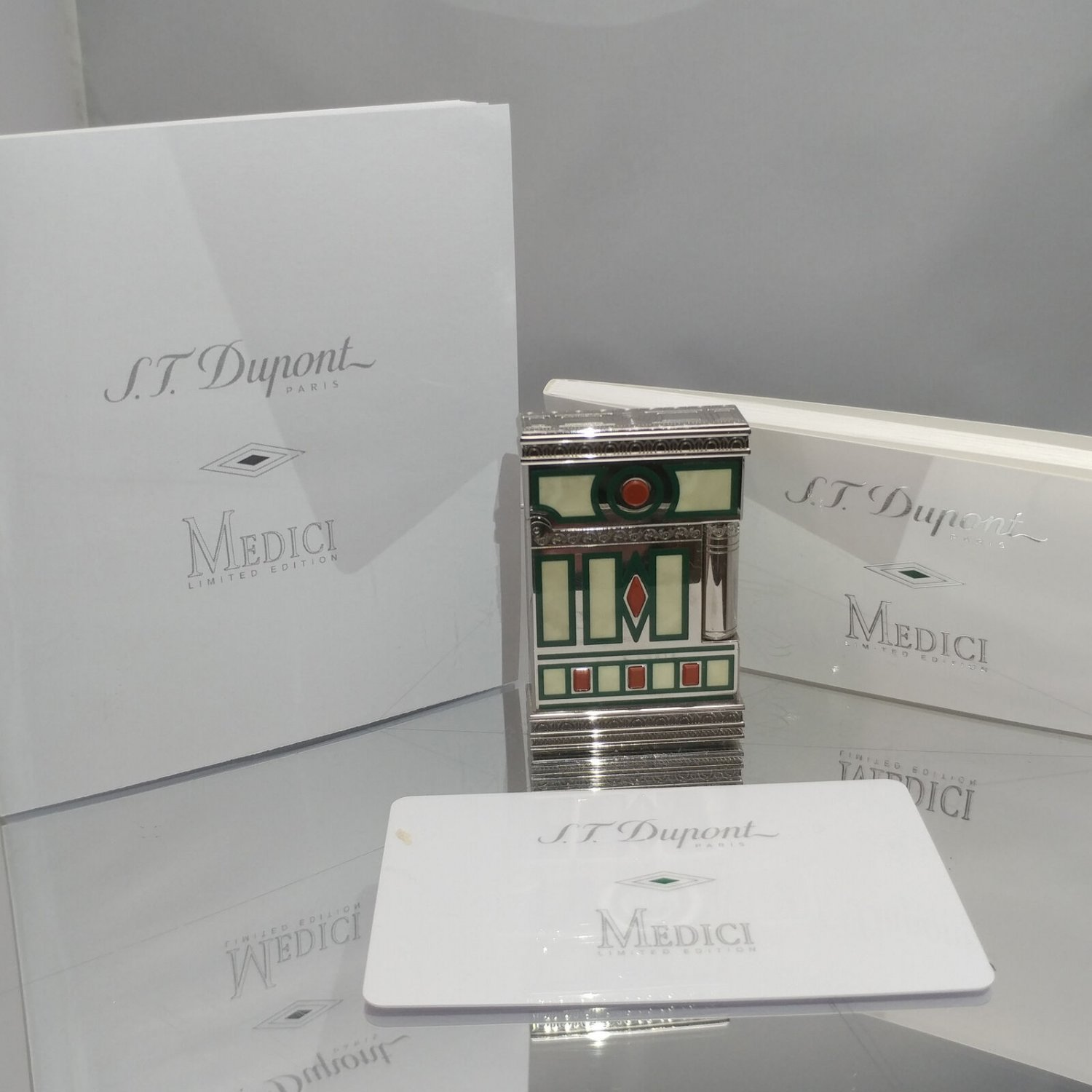 ST Dupont Limited Edition Medici 2005 Collection -  Gatsby Lighter