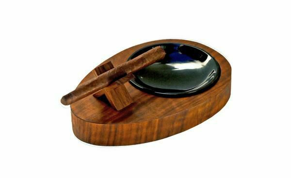 """Bizard and Co. - The """"Deck"""" Ashtray Oval (Single) - Curly Walnut"""