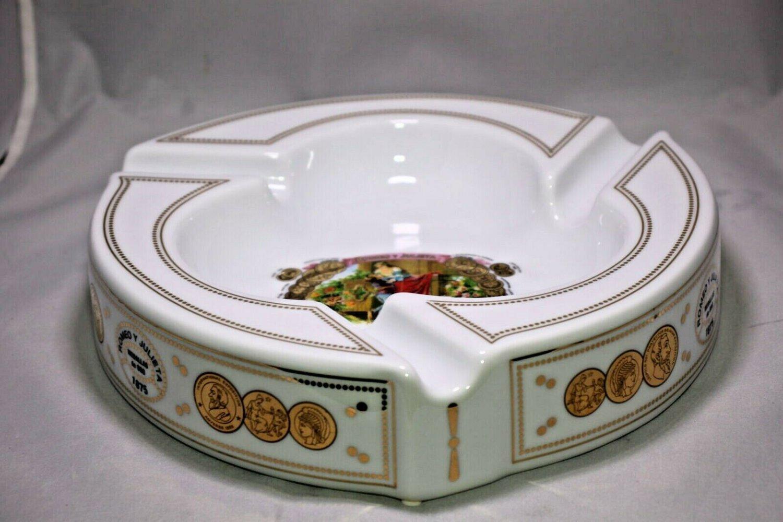 Romeo and Julieta Porcelain Ashtray with the original presentation box