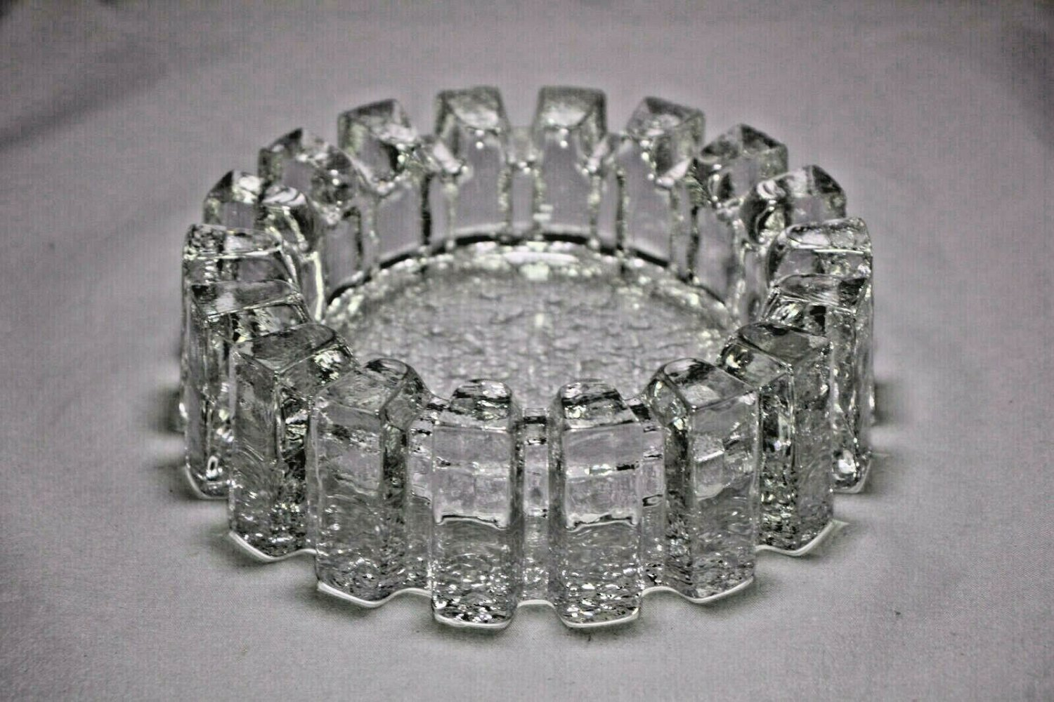 "Heavy Glass Sprocket Ashtray 6 "" Diameter by 2"" Tall with FREE SHIPPING IN USA"