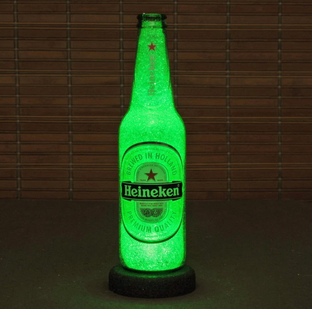 Heineken Beer 12 oz Night Light Table Lamp Green Crystal Glow Bar Man Cave Sign