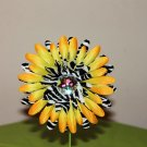 Gerbera Zebra on Sunburst Daisy Clippie