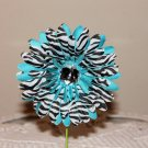 Gerbera Zebra on Turquoise Daisy Clippie