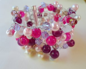 """Crystal and glass bead cuff - """"Pinks"""""""