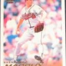 2000 Pacific Crown Spanish Greg Maddux #25 Braves