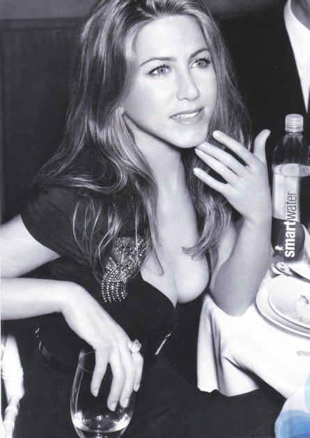 SMART WATER Jennifer Aniston 2007 Magazine Print Ad