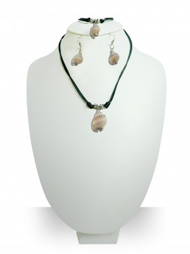 Handmade Natural Seashell Jewelry Set