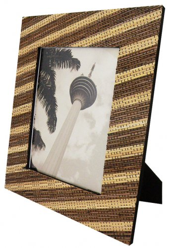 """Hand-crafted Natural Cocostick Zebra Picture Frame Two-ways (5""""x7"""" or 7""""x5"""") with Stand"""