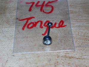 Yellow Skull Round Tongue 745