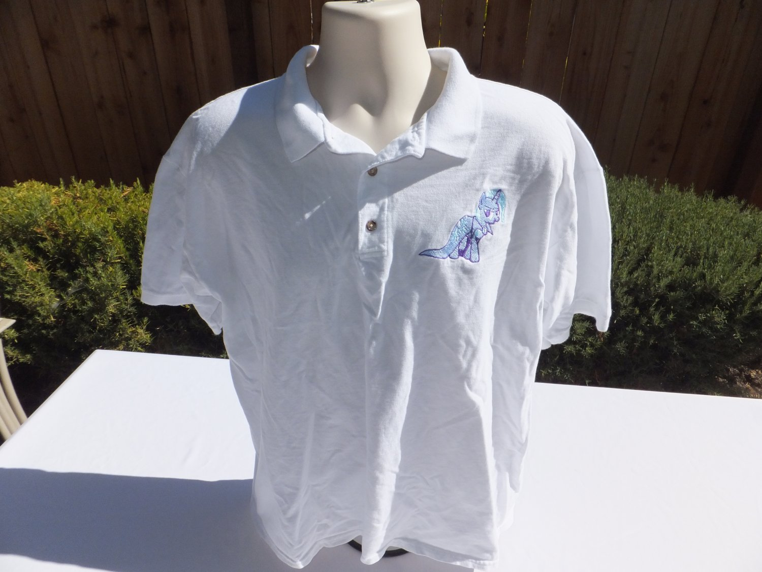 � MLP My Little Pony Embroidered TRIXIE Adult Polo Shirt XL (Extra Large) White �