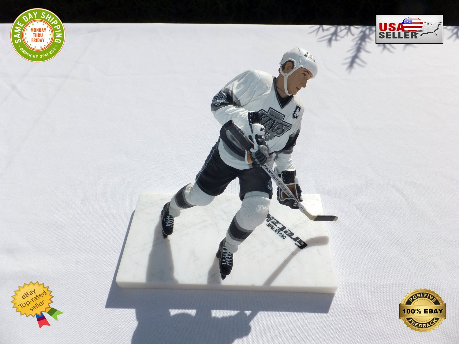 � Wayne Gretzky #99 McFarlane Legends Series 2 Figure LA Kings Black Chase Variant �