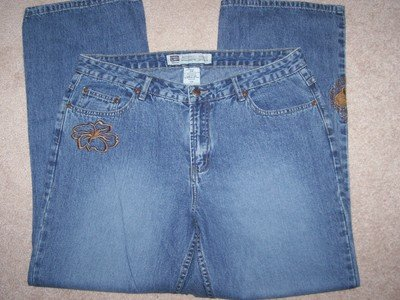 FREE SHIPPING!! Embroidered Jeans Size 18W BRAND NEW
