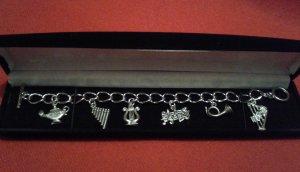Deconstructed Crest Bracelet
