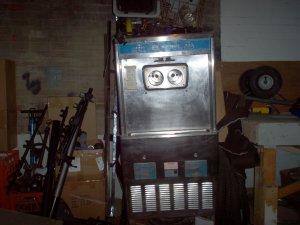 Taylor  754 soft serve ice cream machine