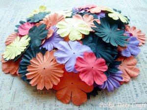 100 pcs of Paper Flowers Petals, Embellishments, Halloween Colors, F2