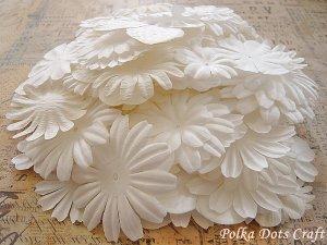 150 pcs of Paper Flowers Petals, Embellishments, Scrapbooks Crafts, White Color, F9