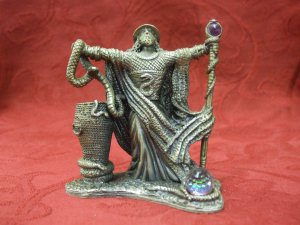 Tudor Mint Myth and Magic -The Wizard Of The Serpents (8cm Tall)