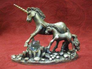 Tudor Mint Myth and Magic - The Unicorns Of Freedom (7cm Tall)