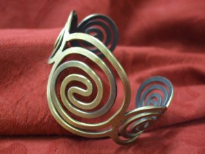 Bangle ( 7cm wide )