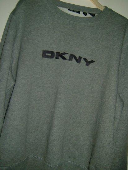 DKNY Sweater. (SIZE XXL, Mens)