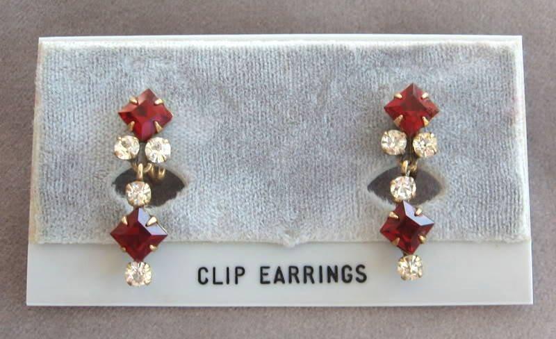 Red Stone Dangle 12K Gold Earrings Vintage Jewelry 1950s