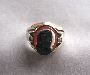 Cameo Ring Silhouette Sterling Made In USA Size 9/10 Made in the USA OLD Antique