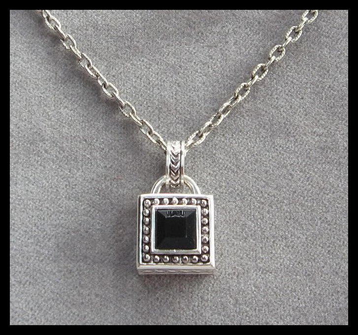 Silver Black Stone Pendant Necklace Vintage 80's