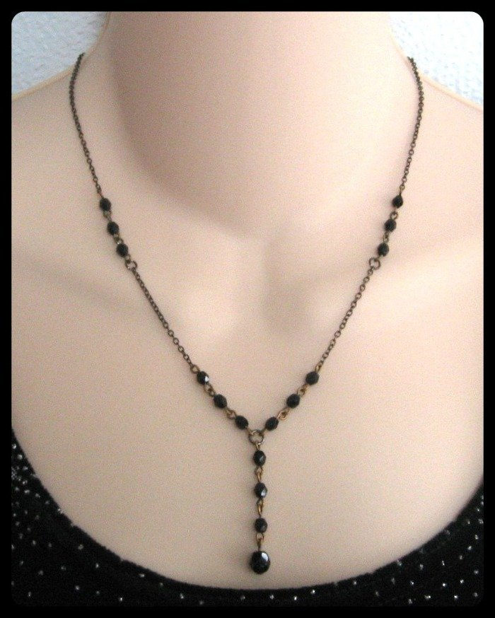 Black Glass Beaded Necklace Vintage Jewelry 1970s