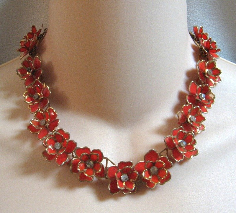 Red Flower Rhinestone Necklace Unique 1940s Vintage Jewelry