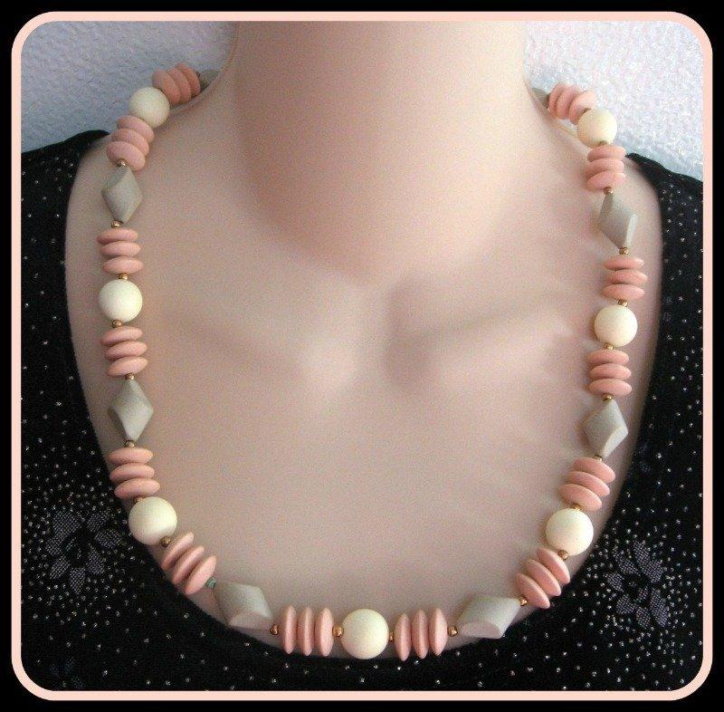"Tan Pink Cream 24"" Beaded Necklace Retro Vintage 1970s Jewelry"