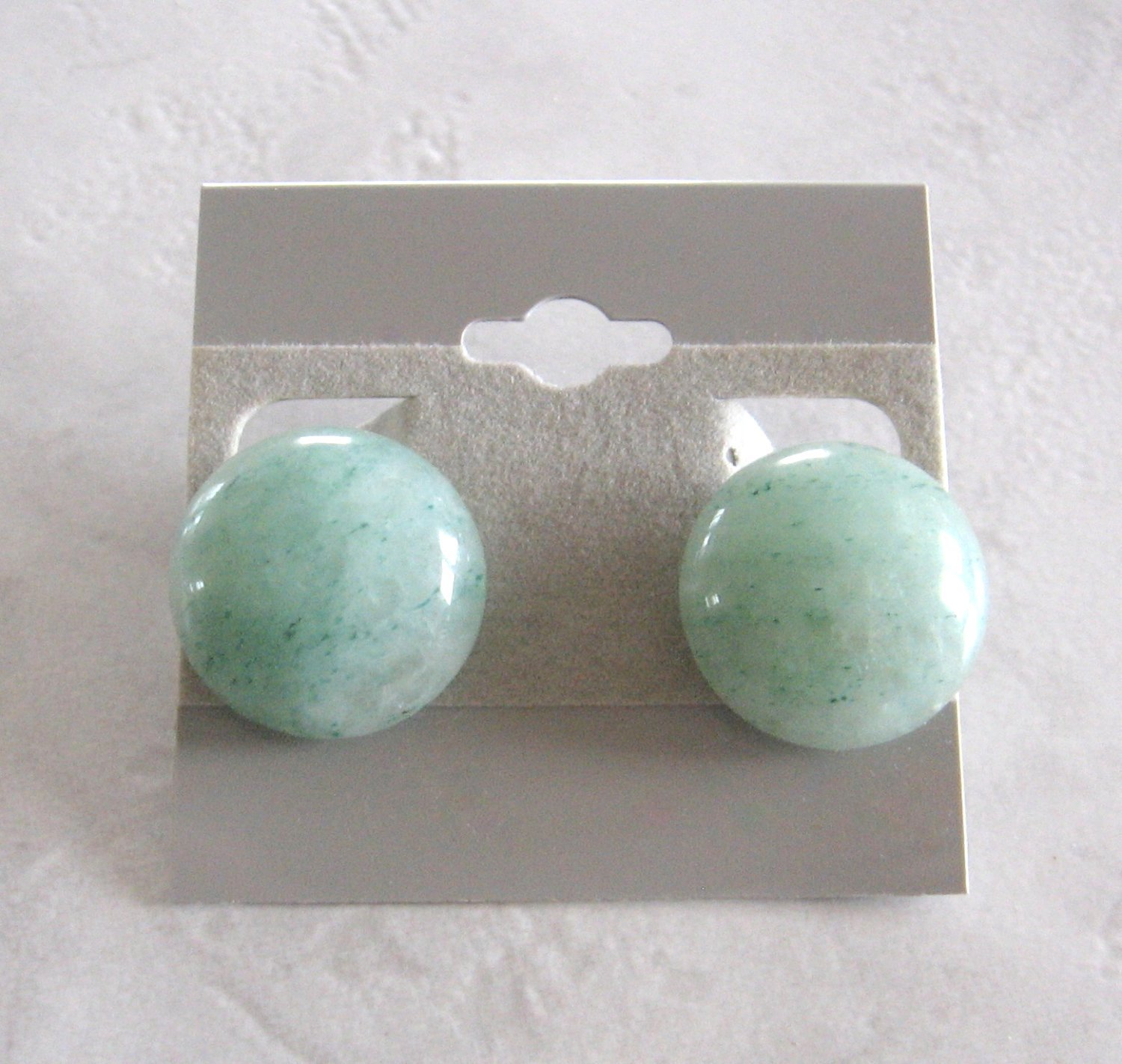 Green Agate Stone Quartz Round Cabochon Clip On Earrings 1970's Vintage Jewelry