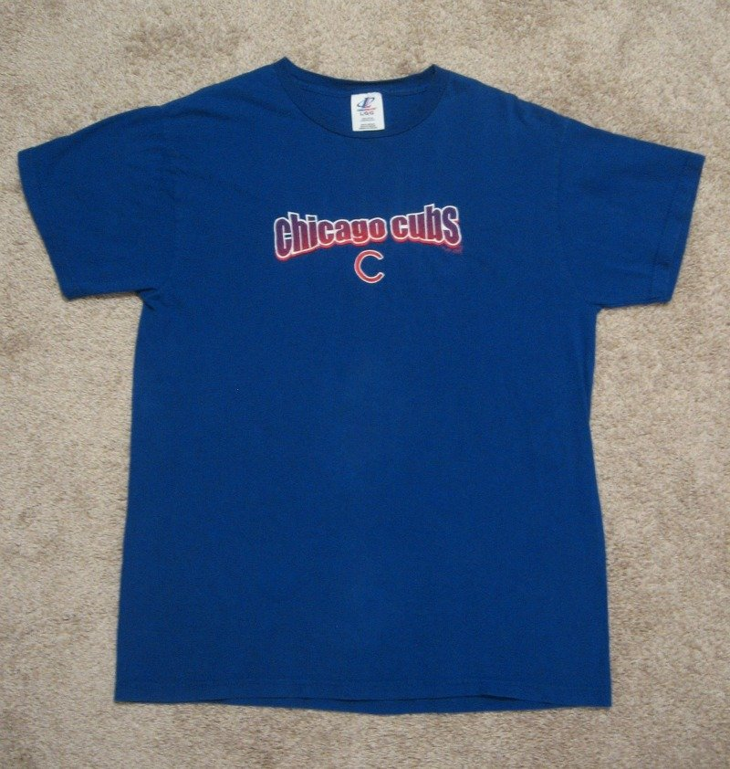 Chicago Cubs World Champions Embroidered Baseball T Shirt Tee Size Large 2001