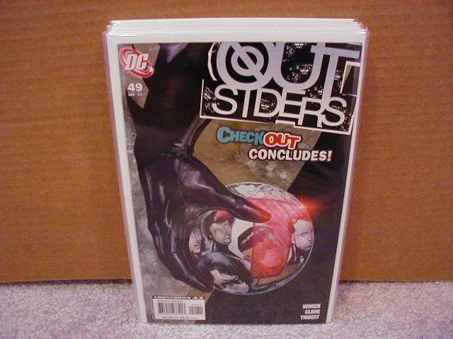 OUTSIDERS #49 NM