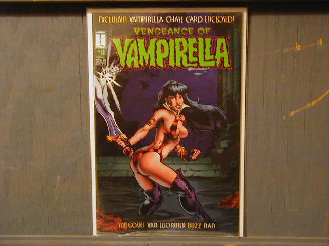 VENGEANCE OF VAMPIRELLA #11 NM STILL IN THE BAG WITH THE VAMPIRELLA CHASE CARD